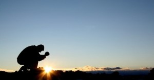 kneeling-in-prayer-at-sunrise3